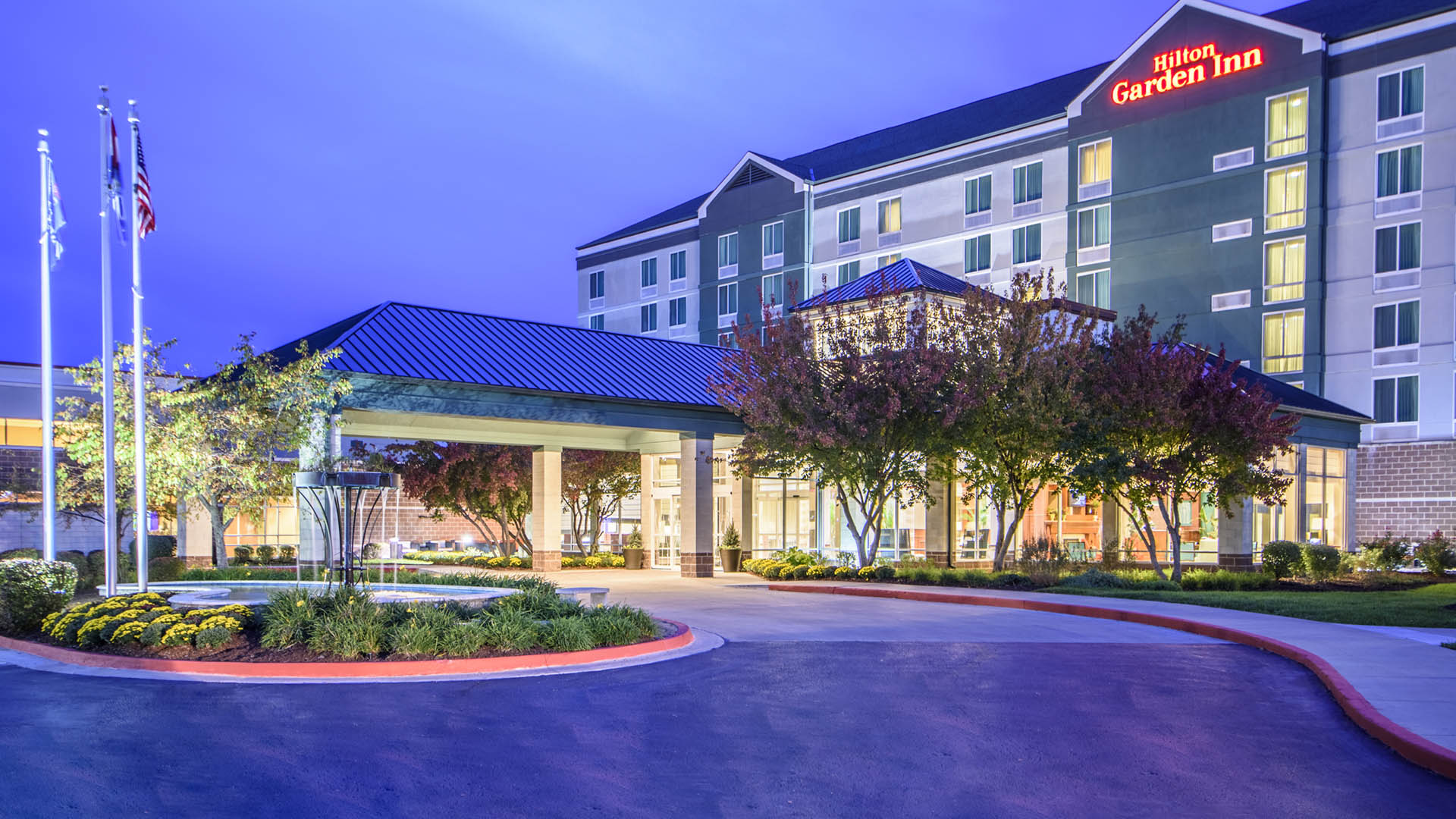Hawkeye hotels hotel management investment and development company for Hilton garden inn independence